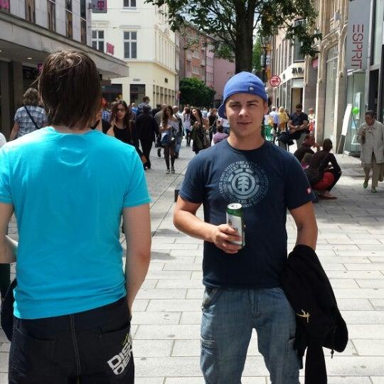 adidas neo in dusseldorf