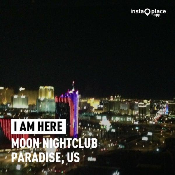 Photo prise au Moon Nightclub par Eduardo F. le8/9/2013