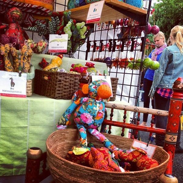 Photo prise au The Flea Market at Eastern Market par Michael B. le10/13/2013