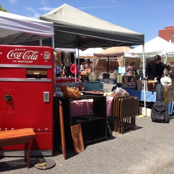 Photo prise au The Flea Market at Eastern Market par Michael B. le5/5/2013