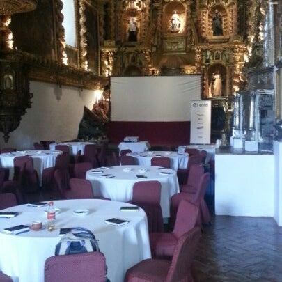 Foto diambil di Belmond Hotel Monasterio oleh Carlos R. pada 12/4/2012