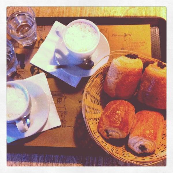 Foto diambil di Boulangerie Cocu oleh Camille S. pada 6/10/2013