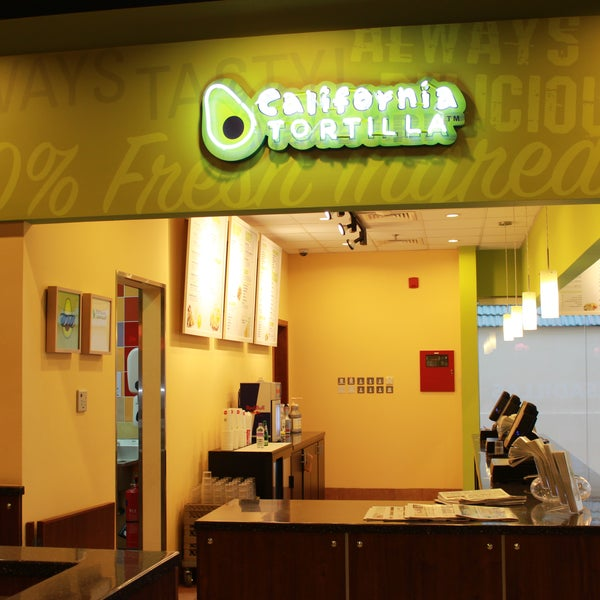 Foto tirada no(a) California Tortilla por California Tortilla em 11/19/2013