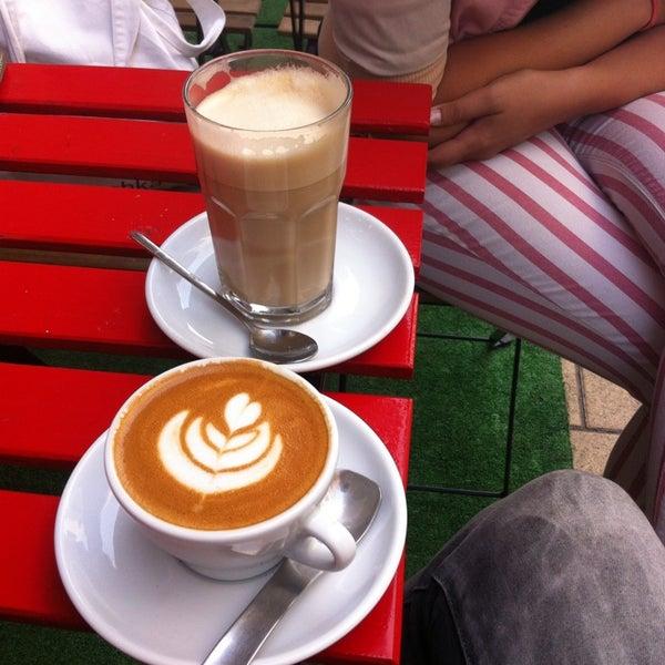 best cafe ever ;) duplapresszos cappuccino laktózmentes tejjel egy àlom!