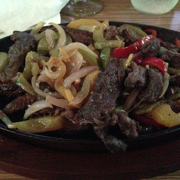 Foto diambil di Vega Mexican Cuisine oleh María R. pada 6/20/2013
