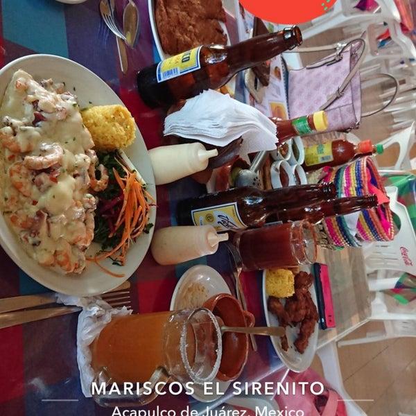 รูปภาพถ่ายที่ Mariscos El Sirenito โดย Diana S. เมื่อ 9/12/2018