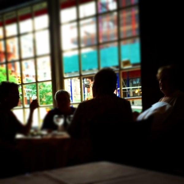 9/11/2014にMark E S.がBello Restaurantで撮った写真