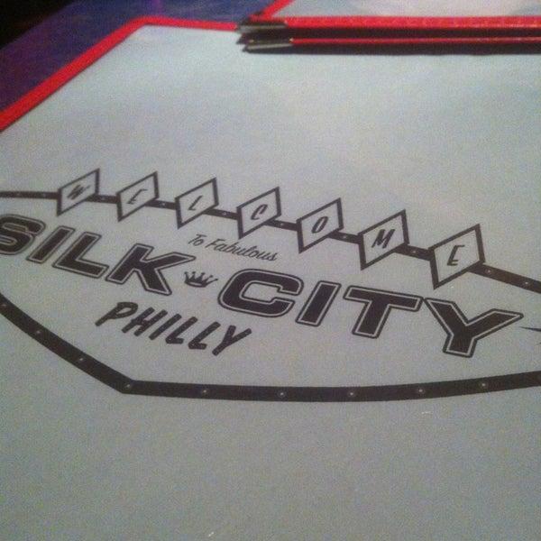 Снимок сделан в Silk City Diner Bar & Lounge пользователем Amir S. 2/10/2013