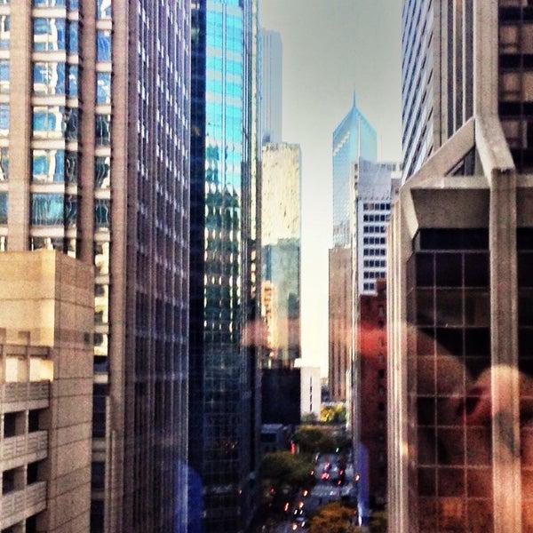 10/17/2014 tarihinde Shane T.ziyaretçi tarafından MileNorth, A Chicago Hotel'de çekilen fotoğraf