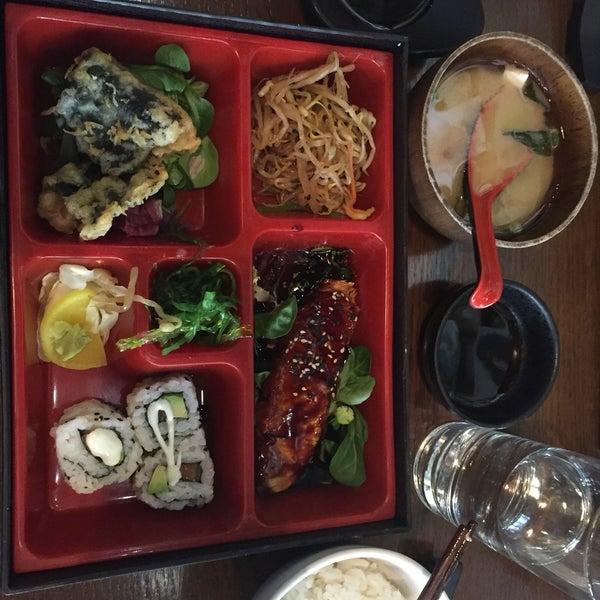 3/23/2016 tarihinde Syaheera A.ziyaretçi tarafından Banyi Japanese Dining'de çekilen fotoğraf