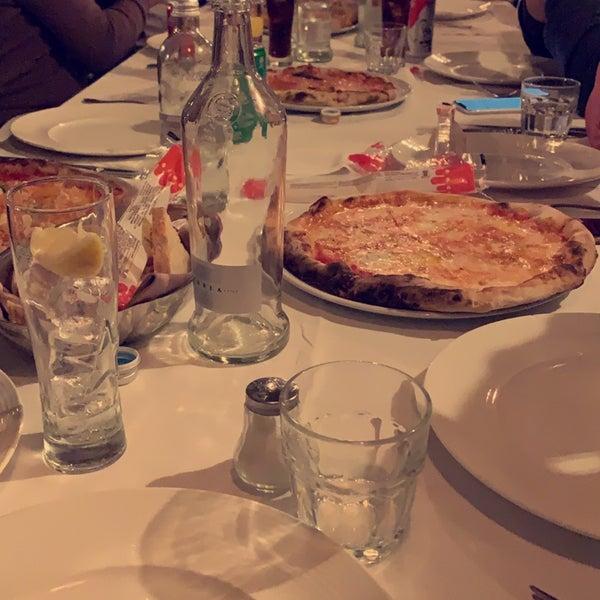 Foto diambil di Catullo - Ristorante Pizzeria oleh Muaath pada 11/7/2019
