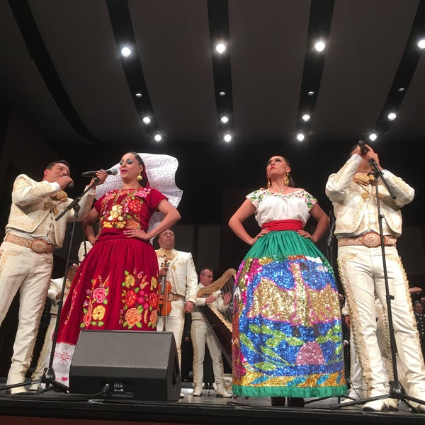 Das Foto wurde bei Teatro Colón von Noé Abraham G. am 4/5/2018 aufgenommen