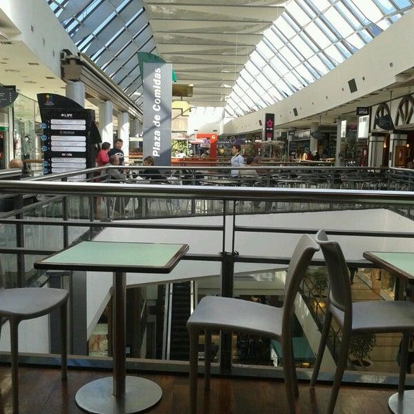 Foto tirada no(a) Punta Carretas Shopping por Lu G. em 7/16/2013