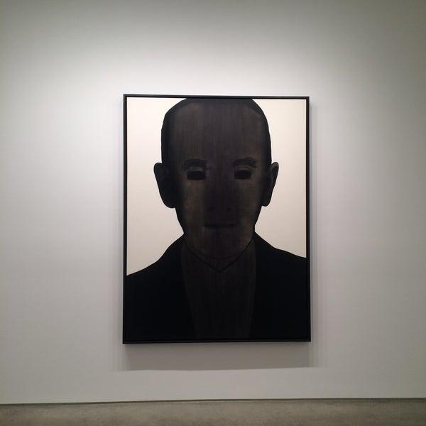 Foto tomada en Bruce Silverstein Gallery por Toni B. el 1/17/2015