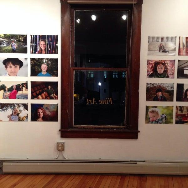 Фотосалон на картинной галерее владивосток сотрудник российского