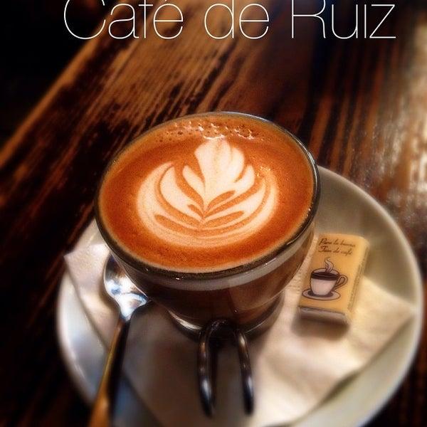 Photo prise au Café de Ruiz par ROBERTO R. le6/14/2015