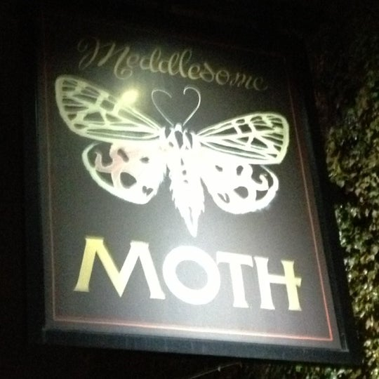 Photo taken at Meddlesome Moth by Ben H. on 11/11/2012