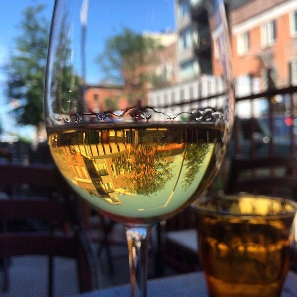 Foto diambil di D.O.C. Wine Bar oleh chuckdafonk F. pada 6/15/2014
