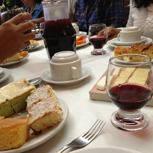 Foto tirada no(a) Coelho Café Colonial por Jeancarlos M. em 1/13/2013