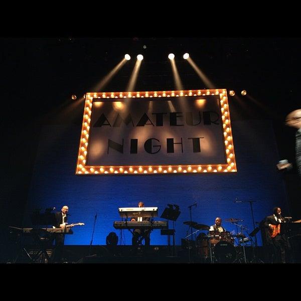 10/10/2012 tarihinde Mary S.ziyaretçi tarafından Apollo Theater'de çekilen fotoğraf