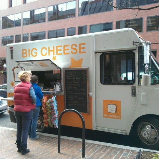 Big Cheese Truck Food Truck In Washington