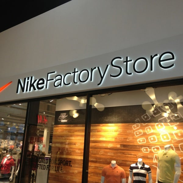 Nike Factory Store - Sporting Goods Shop in Schelle