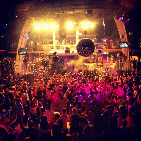 รูปภาพถ่ายที่ Club Inferno โดย Club Inferno เมื่อ 6/28/2013