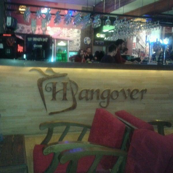 Foto tirada no(a) Hangover por Sabiha Y. em 9/17/2013
