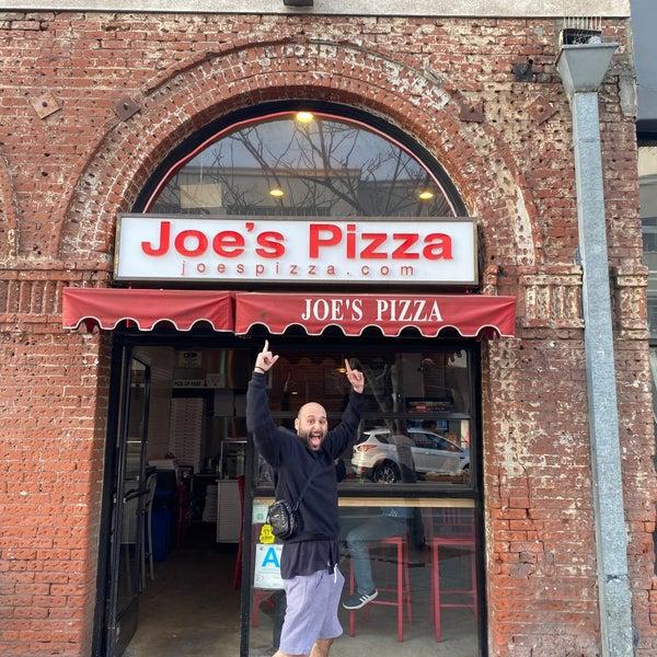 Foto scattata a Joe's Pizza da brittany il 1/26/2020