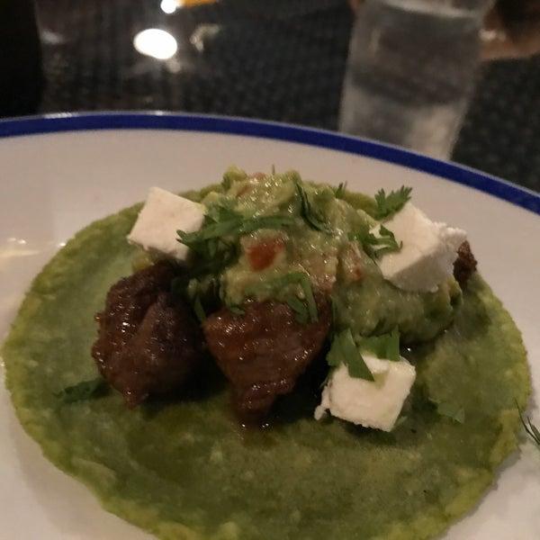 รูปภาพถ่ายที่ Maya Modern Mexican Kitchen + Lounge โดย Andy W. เมื่อ 1/2/2020