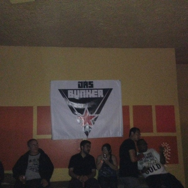 รูปภาพถ่ายที่ Das Bunker โดย Eric B. เมื่อ 7/27/2013