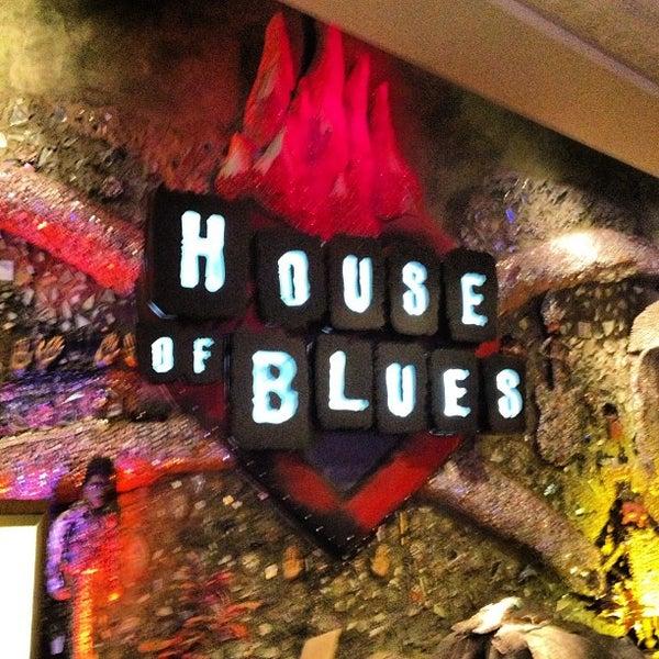 Снимок сделан в House of Blues пользователем Joseph V. 6/18/2013
