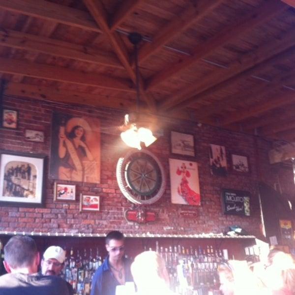Foto diambil di El Meson de Pepe Restaurant & Bar oleh Adriana L. pada 5/27/2013