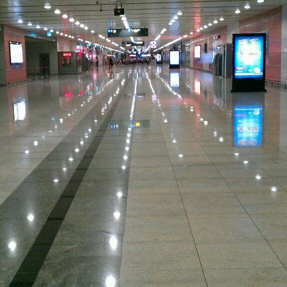 Foto diambil di İstanbul Sabiha Gökçen Uluslararası Havalimanı (SAW) oleh Bilal B. pada 11/2/2013