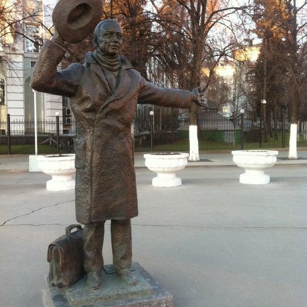Памятник юрию степанову фото