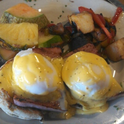 Photo prise au Breakfast Club par Shannon M. le10/19/2012