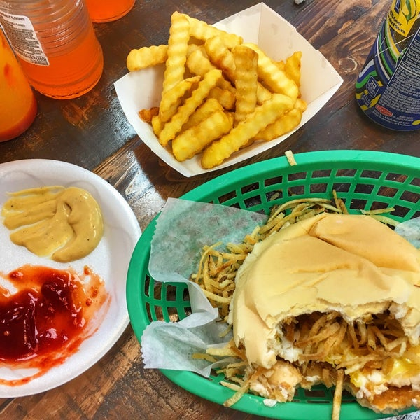 Go there and have a great time with fantastic food and great service! The Fritas are perfect and the home-made sauces are fantastic.