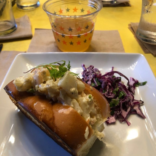 Foto tirada no(a) Greenhouse Craft Food por Colin K. em 9/15/2019