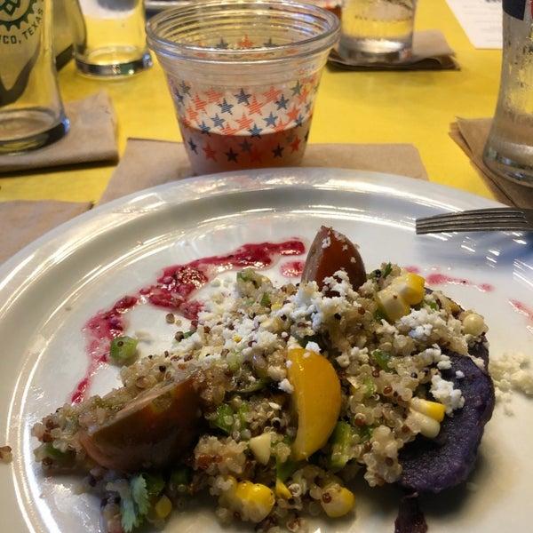 9/16/2019에 Colin K.님이 Greenhouse Craft Food에서 찍은 사진