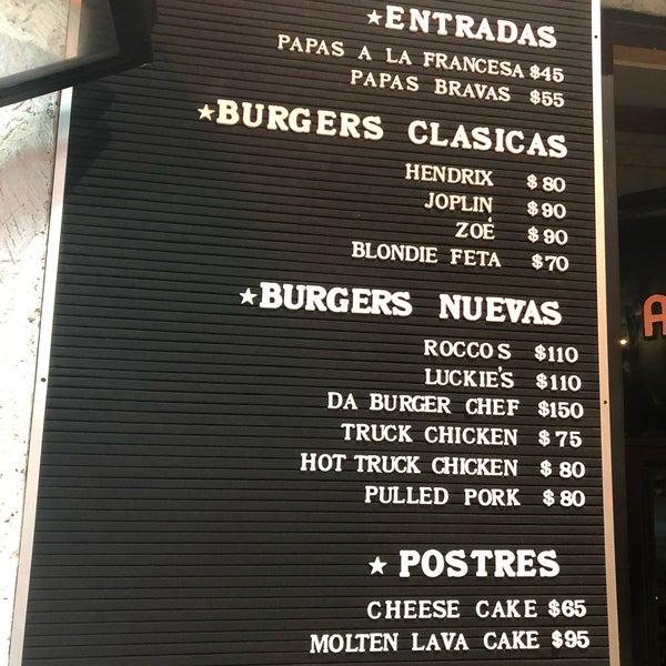Das Foto wurde bei Truck Chef Urban Food von Alejandra C. am 8/15/2019 aufgenommen
