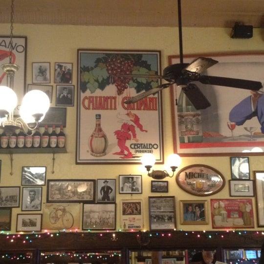 Das Foto wurde bei Tello's von Eric L. am 10/13/2012 aufgenommen