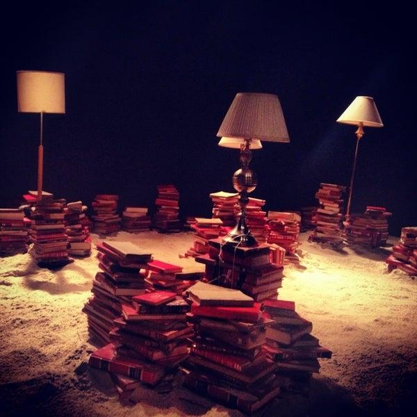 รูปภาพถ่ายที่ Foro Shakespeare โดย Azucena R. เมื่อ 2/10/2013