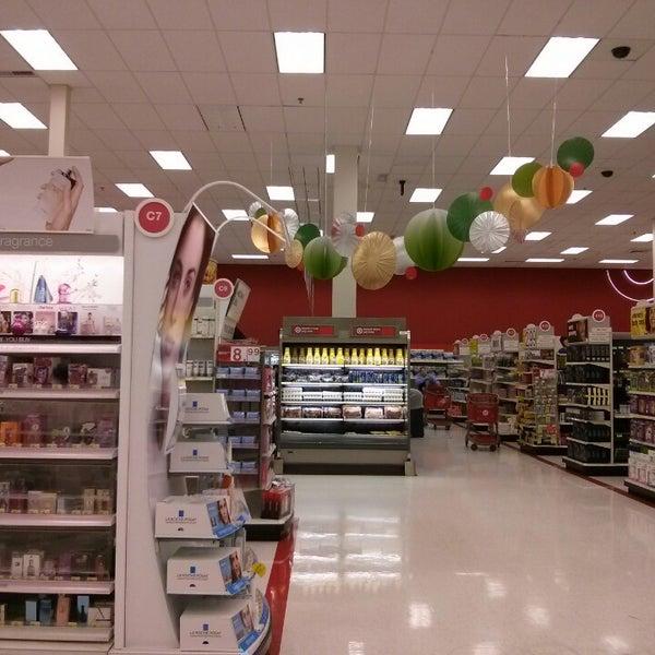 Снимок сделан в Target пользователем John B. 11/16/2013