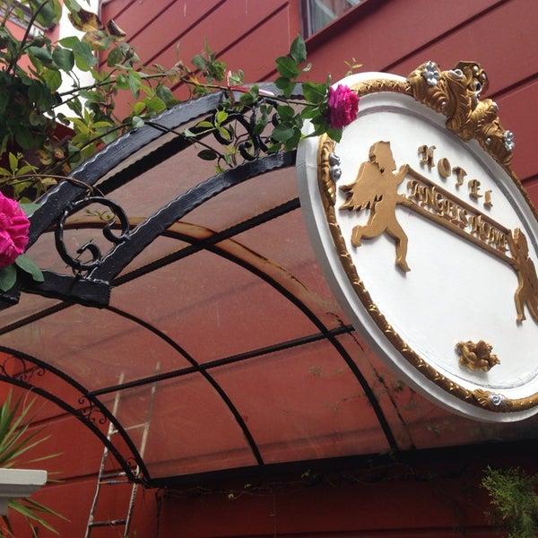 9/11/2014에 Selami D.님이 Angel's Home Hotel에서 찍은 사진