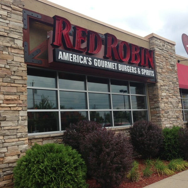 Red Robin Gourmet Burgers and Brews - Burger Joint in Buffalo