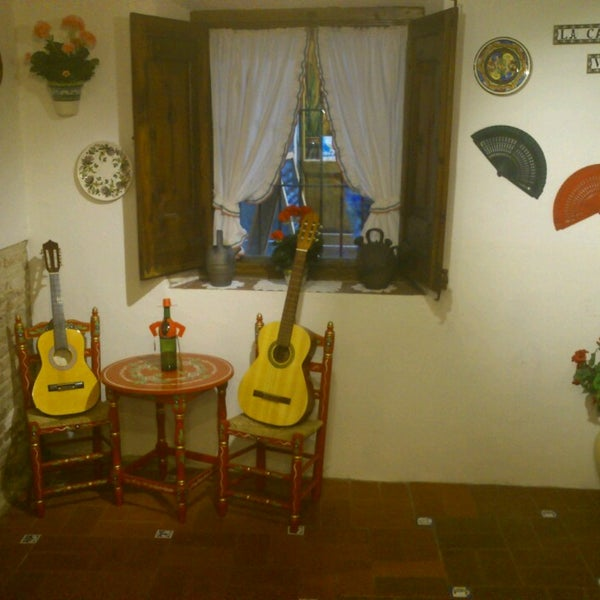 รูปภาพถ่ายที่ La Casa Vella - Flamenco in Barcelona โดย David F. เมื่อ 5/23/2013