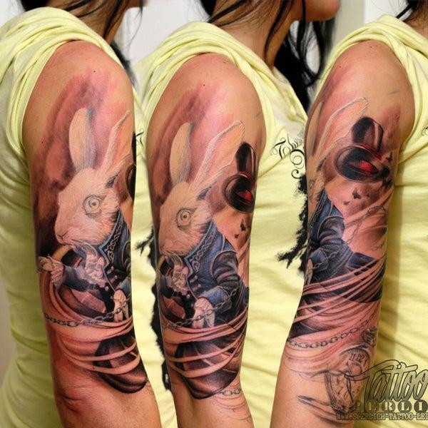 1/31/2015 tarihinde Sperlich Tattooziyaretçi tarafından Sperlich Tattoo'de çekilen fotoğraf