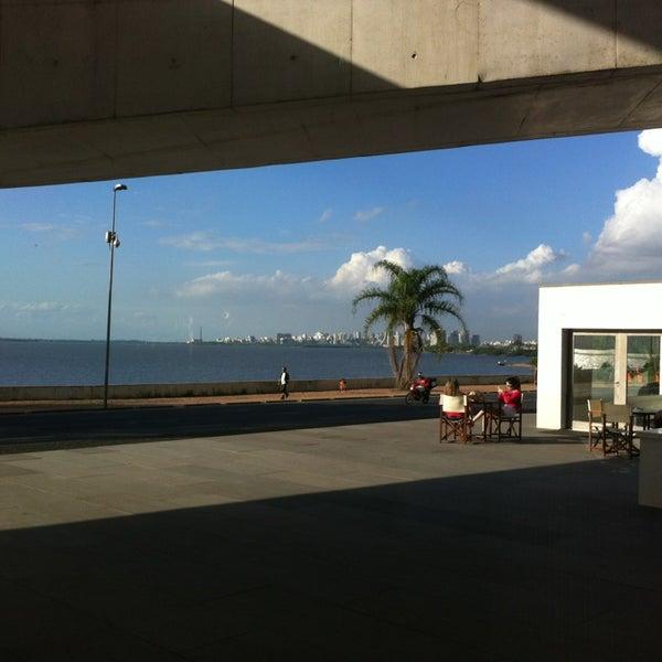 Foto diambil di Fundação Iberê Camargo oleh Mario V. pada 10/18/2013