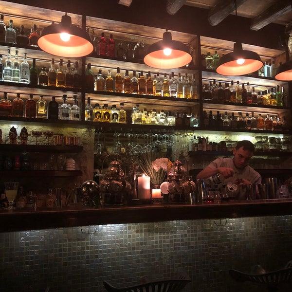 Excelente lugar para tomar un cóctel y pasar un rato agradable. Súper recomendado el Catadora de fragancias, el ceviche y el chili con carne ❤️❤️ #mifavorito