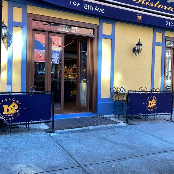 Das Foto wurde bei Lasagna Restaurant von .Abdullah S am 1/30/2021 aufgenommen